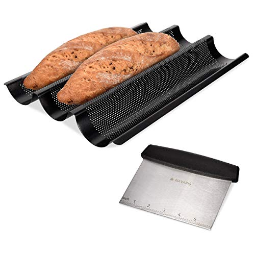 Navaris Baguette Backform mit Edelstahl Teigschaber - Form für Brot Ofenform Backblech Set - 1x Brotbackform aus Stahl mit 1x Teig Spachtel