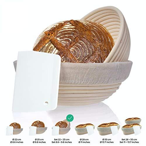 Gärkörbchen + Teigschaber – Der ideale Gärkorb aus natürlichem Peddigrohr (rund, 22 cm) – mit Leineneinsatz, rostfrei geklammert