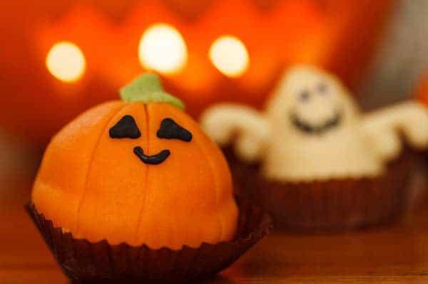kindgerechte Grusel-Süßspeisen für Halloween